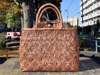 山葡萄(やまぶどう)籠バッグ | 連続桝網代編み | 巾着と中布付き | (約)幅31cmx高さ24cmx奥行11cmの画像