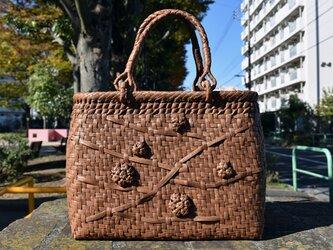 山葡萄(やまぶどう)籠バッグ | リング取手 | 五つ六角花束嵌入編み(片面) | 巾着と中布付き | 2020オリジナル新商品の画像