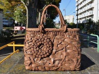 山葡萄(やまぶどう)籠バッグ | リング取手 | リング型六角花束嵌入乱れ編み(片面)|巾着と中布付き | オリジナル新商品の画像