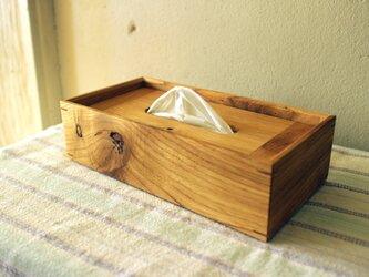 家具職人の作る ティッシュケース 「クリ 節あり」 一品物の画像