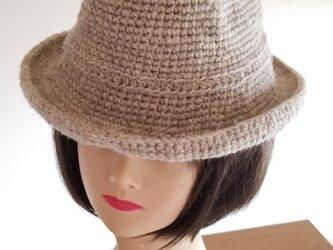 手編み中折れハット白ベージュの画像