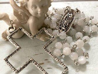 ホワイトムーンストーンのロザリオの画像