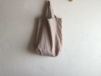 草木染め 小さくたためるバッグ 薄紅 大の画像