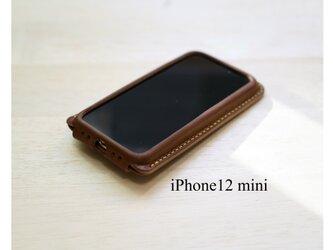 【新作】手縫い本革のiPhone12mini カバー ケース 栃木レザー【名入れ無料・選べる革とステッチ】の画像