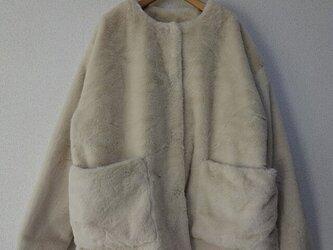 en-en・フワフワ・エコファー・ポケットジャケット・アイボリーの画像