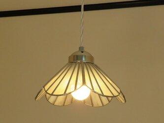 シャンパンピンクのお花(ステンドグラスペンダントライト)吊り下げ照明・ガラス  M~Lサイズの画像