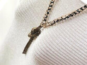 <金属質の様で、しなやかなビーズネックレス>被りタイプ 軽くてオシャレ デザインも自由に!金属アレルギーの方にもお勧め の画像