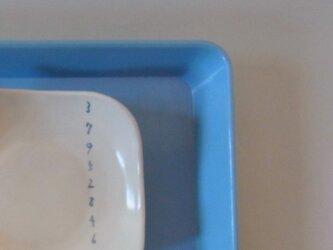 足付角皿 (大)磁器 縦すうじの画像
