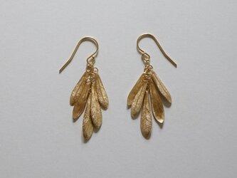 small leaves pierced earring K18goldplateの画像