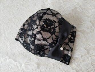 ブラック×ベージュ レース りぼん 立体 マスクの画像