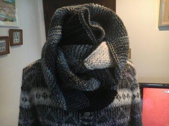 ドミノ編みのスヌード №2ダブルになりますの画像