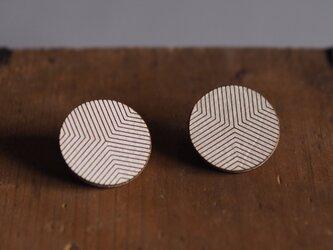 革製丸型ピアス(チタン製金具)径30mmの画像