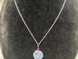 藍染めビーズと誕生石のネックレス 7月ルビーの画像