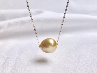 K18 白蝶真珠 ゴールデン ネックレスの画像