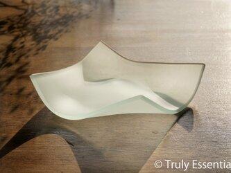 透明ガラスの器 -「かくいガラス 」● 幅約15cmの画像