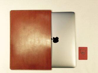革のMacBook 13インチ用ケース brownieの画像