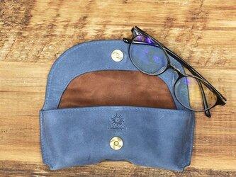 メガネケース しっとりとした質感 シャープなフォルム 牛革 本革 ギフト 名入れ可 【ネイビー】HAK046の画像