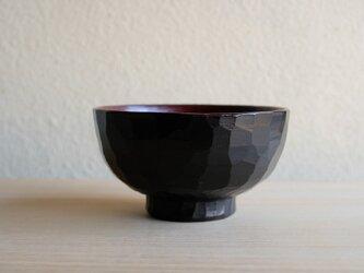 樟・たたき彫り汁椀の画像