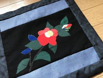 ヴィンテージ着物から布絵 椿一輪の画像