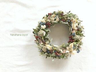 セージと赤い薔薇の実のアンティークリース クリスマスやお正月に☆の画像