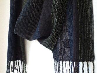 手織りカシミアマフラー・・黒のしましまの画像