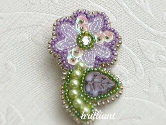 ビーズ刺繍  小花のブローチ パープルの画像