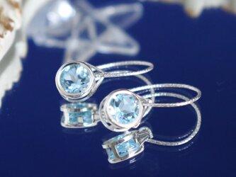 スカイブルートパーズのピアス~Sky Blue Topaz Round facets Earringsの画像