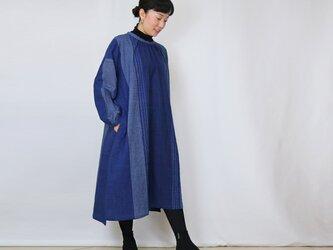 再販☆手織り綿絣、プラスサイズのインディゴ染めワンピースの画像