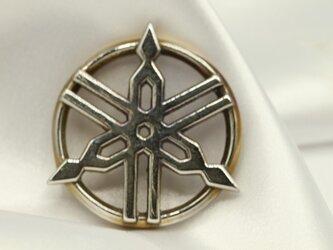 ヤマハ音叉マーク高級希少金属コバルト製キーホルダーの画像