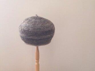 紡ぎ糸の丸い帽子 ナチュラルの画像