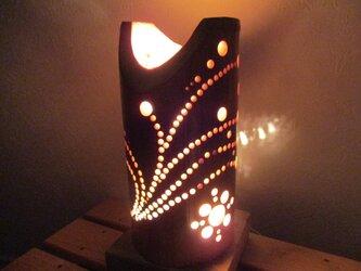竹のランプ花びらの画像