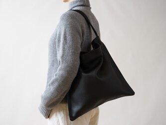 Holiday bag レザーブラックの画像