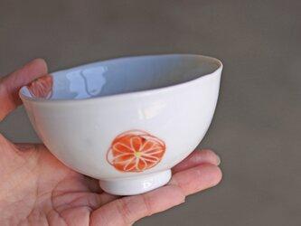 赤いお花のお茶碗(小)の画像