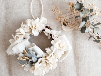 """手染めwreath :  リース """" Cotton flowers×Ribbon """" 【size S】の画像"""