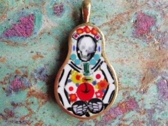 毒林檎と骸骨(ペンダントトップ)の画像