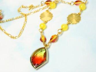 フレームガラスのバイカラーネックレス*Yellow&Orangeの画像