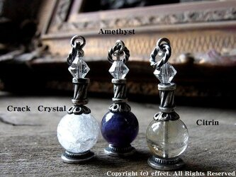 天然石を使ったパフュームボトル(香水瓶)ペンダントの画像