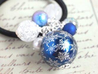 ヘアゴム 雪の結晶ビーズの画像
