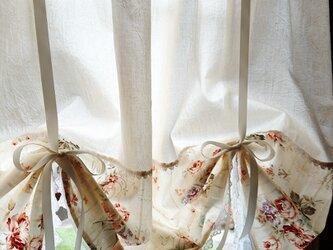 ナチュラルコットン♪花柄リボンアップカフェカーテン 横106cm×縦90cm スタイルカーテンの画像