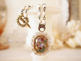 チェコガラスのスミレネックレスの画像