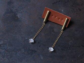 真鍮とハーキマーダイヤモンドのピアスの画像