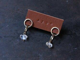 真鍮とハーキマーダイヤモンドの丸ピアスの画像