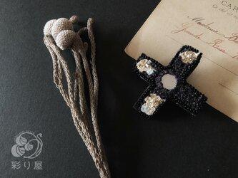 ブローチ【十字架】ロレーヌ型黒の画像