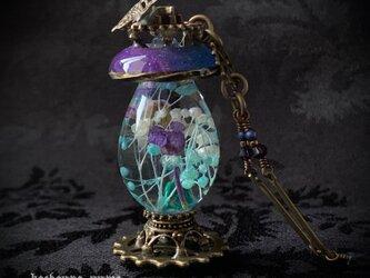 『エルピーダの灯/青紫』ランタン風 ネックレスの画像