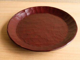 栗・輪花皿 (赤)205mmの画像