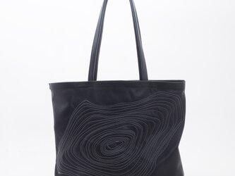 GoatLeatherLargeToteA(黒×白刺繍)/山羊革/T042の画像