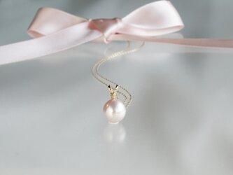 湖水真珠パールネックレス プチダイヤモンドK18YGの画像