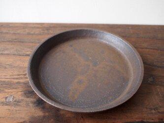 黒釉プレート皿の画像