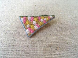 刺繍ブローチ とんがり(粒々)の画像