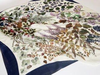 ウールスカーフ「bear fruits」の画像